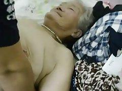 色情片脂肪小鸡鸡的老奶奶凡妮莎*威廉姆斯的顶层公寓的裸体照片